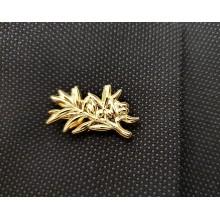 Épinglette dorée brillante rameau d'olivier